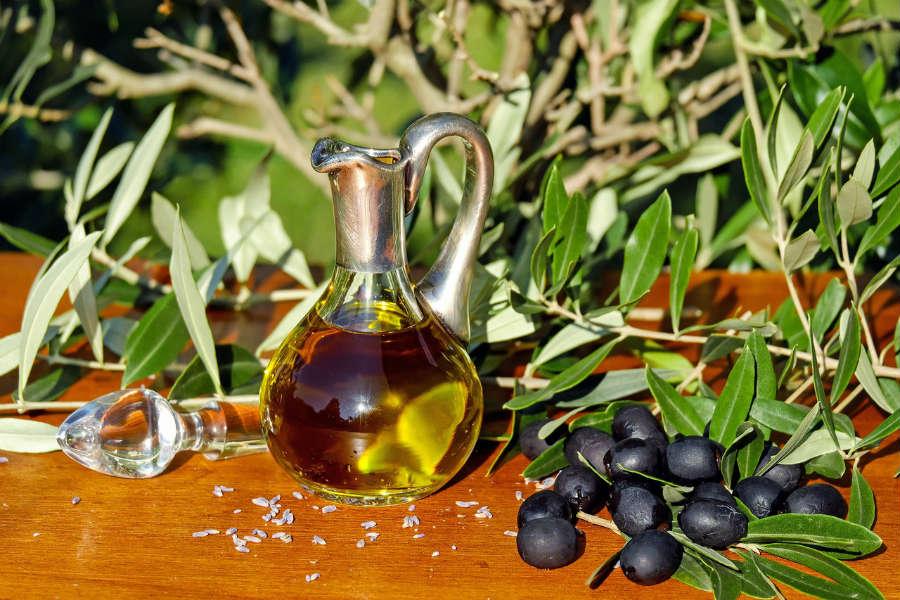 L Oro Della Terra L Olio Extravergine Di Oliva Isabella Rolli Biologa Nutrizionista